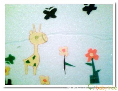 兔子剪贴画作品-小兔子使用吹塑板做的,先用圆珠笔扎出轮廓,然后用手掰下来.-立
