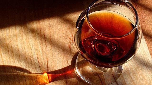 孕妇不能吃哪些食物之 红葡萄酒