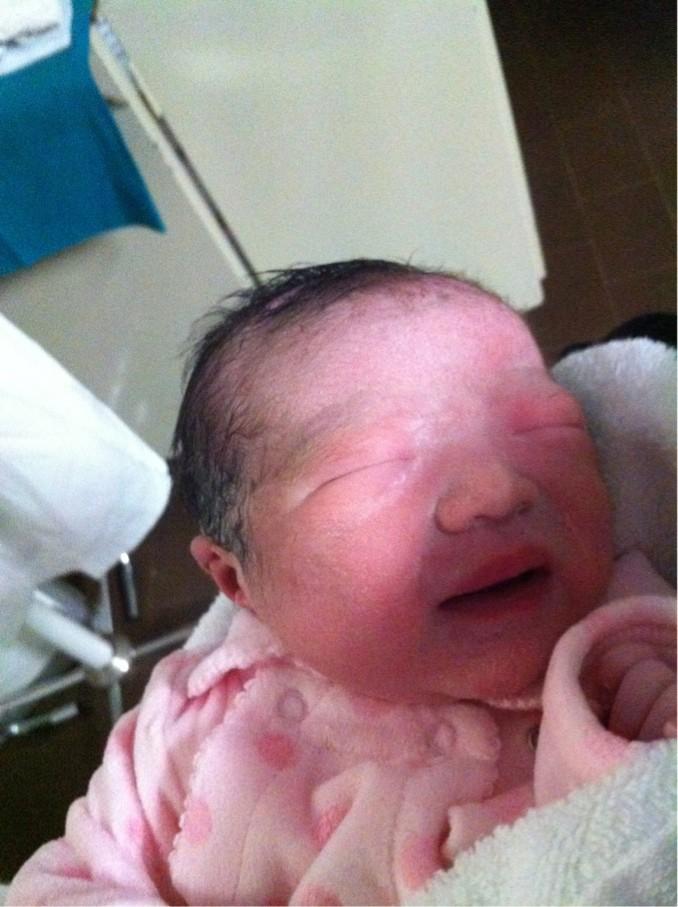 宝宝出生的样子