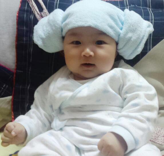 叠毛巾帽_那个用毛巾做的帽子怎么做,耳朵有两圈圈,没懂弄呢_如题_宝宝树